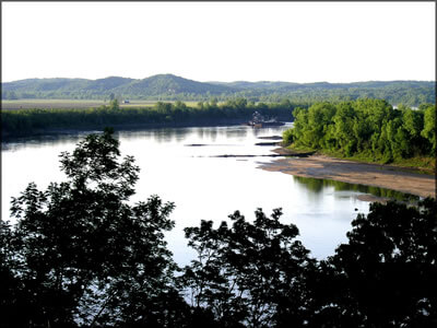 Picture of the Missouri River